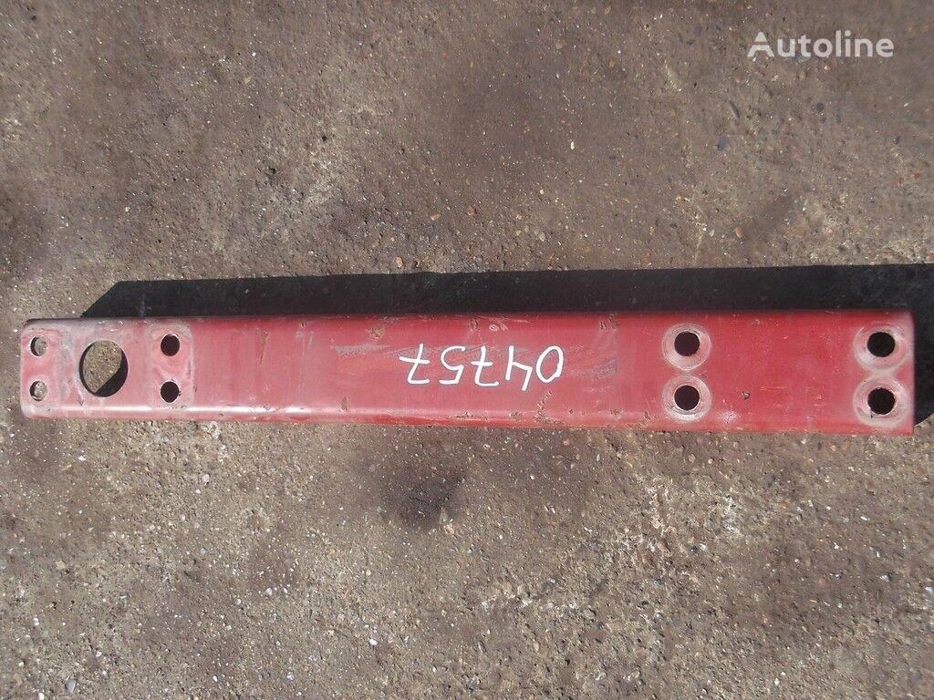 крепежные элементы  Траверса рамы поперечная для грузовика IVECO