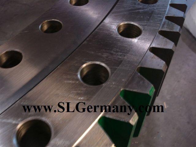 новое опорно-поворотное устройство  slewing ring, bearing, turntable для автокрана DEMAG AC 95, 155, 205, 265, 50, 80, 100, 200.