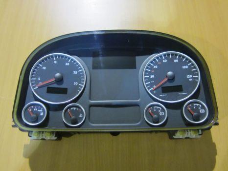 панель приборов  MAN для тягача MAN TGX