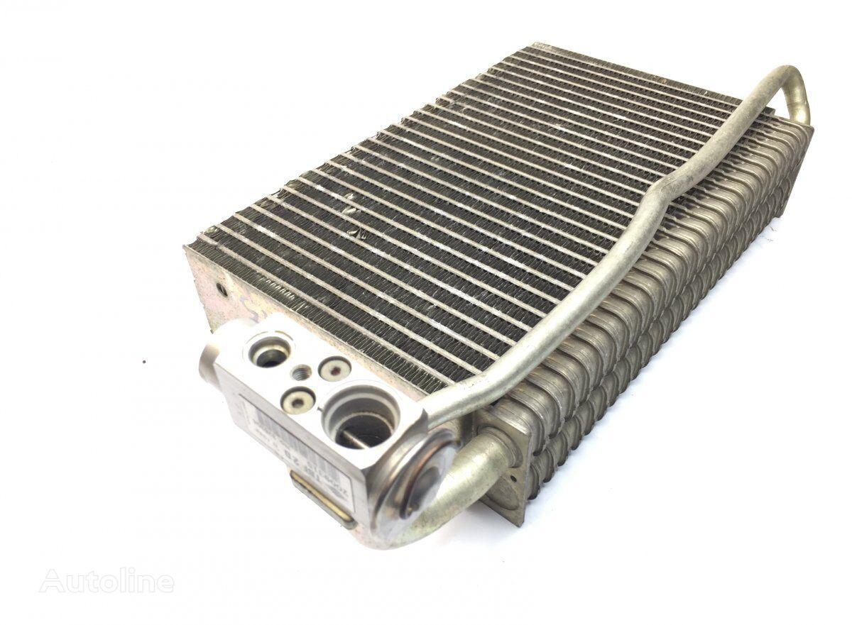 радиатор кондиционера BEHR Actros MP2/MP3 1846 (01.02-) (A9438300160) для тягача MERCEDES-BENZ Actros MP2/MP3 (2002-2011)