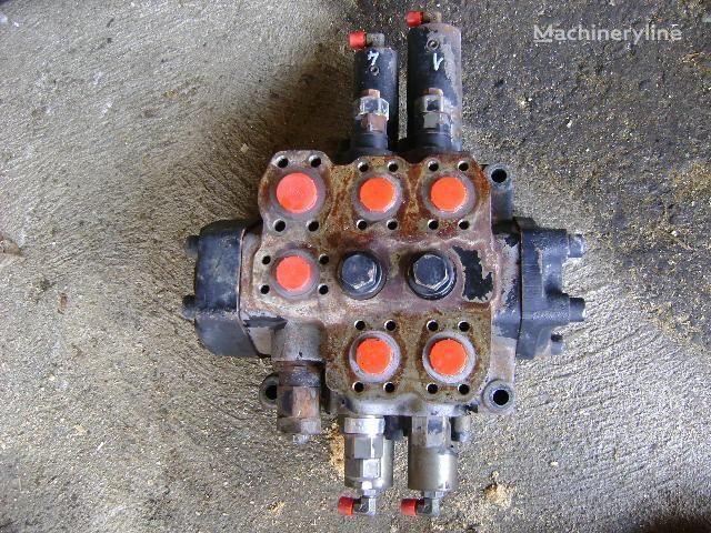 распределитель  Distributor для экскаватора FIAT-HITACHI W 190 Evolution