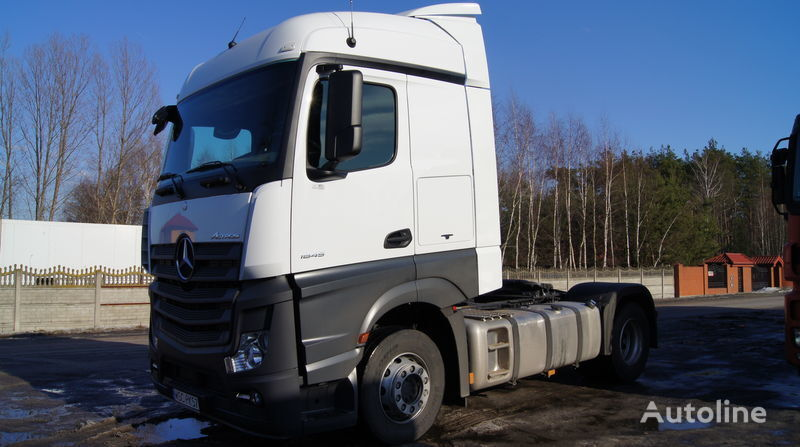 новый спойлер  Multi-Plast spoilery owiewki aeropakiet для тягача MERCEDES-BENZ Actros MP4 Streamspaceszer. kabina