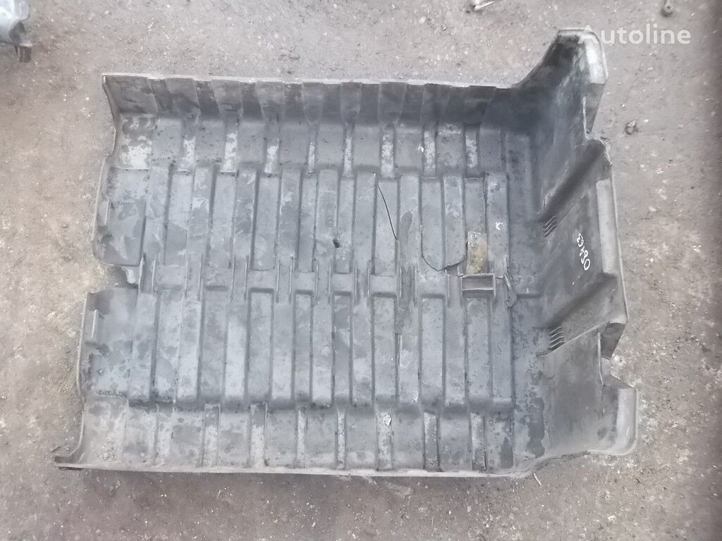 запчасти  Крышка АКБ DAF для грузовика