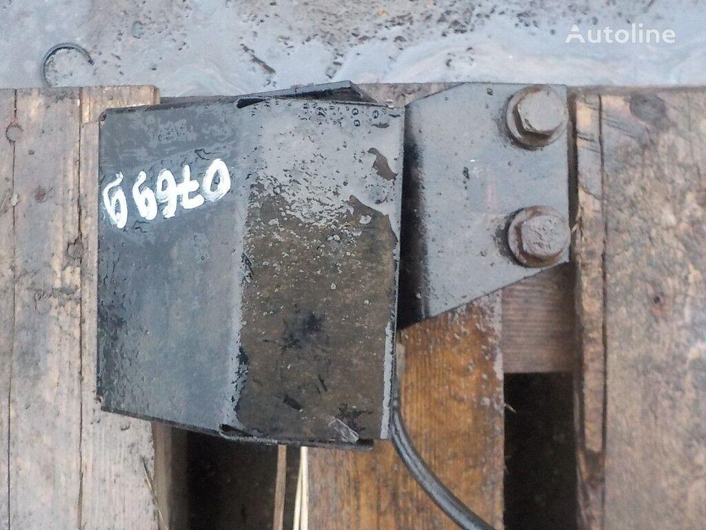 запчасти  Дозирующий насос реагента для грузовика IVECO